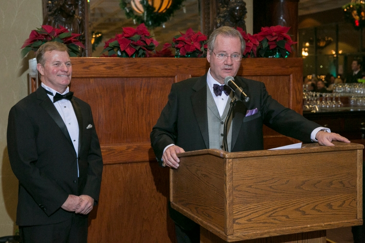 Kevin Whittaker (left) is sworn in as the 2015 President of HBA/DE by Kevin Kelly (left)